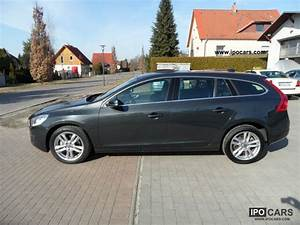Volvo V60 Summum : 2010 volvo v60 d5 geartronic summum car photo and specs ~ Gottalentnigeria.com Avis de Voitures