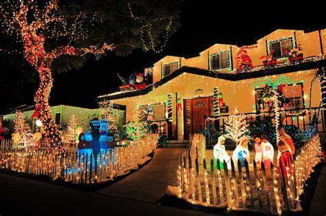 ideas for christmas lights on a ranch house best lights and awesomely decorated homes around