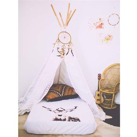 chambre style indien chambre indienne décoration chambre bébé berceau magique
