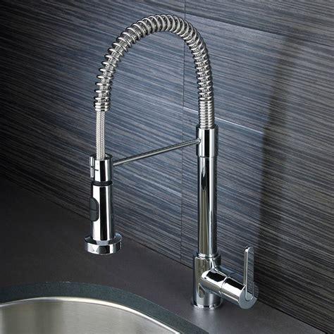 robinet cuisine haut de gamme 3 types de robinets pour un évier de cuisine moderne