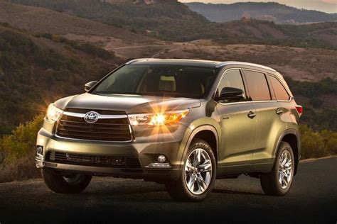 What Suv Gets The Best Mpg by Top 9 Fuel Efficient Suvs And Crossovers For 2014 Autotrader