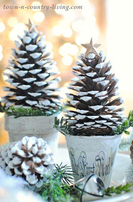 pine cone christmas trees holiday  christmas