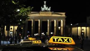 Taxi Berlin Kosten Berechnen : in berlin kommt jetzt das vip taxi mit h flichkeitssiegel ~ Themetempest.com Abrechnung