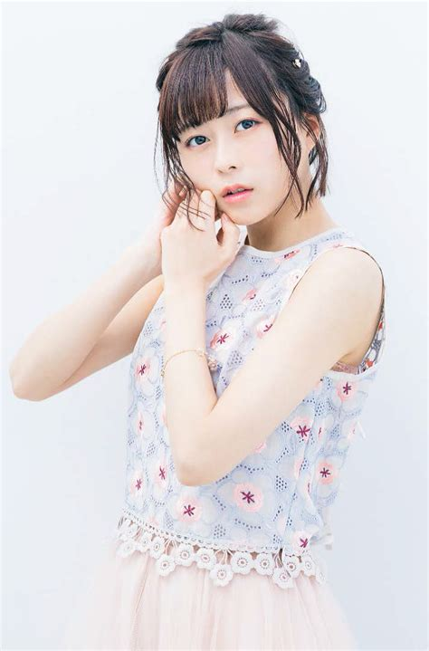 Is It Wrong To Pick Up Girls In A Dungeon Wallpaper Voice Actress Inori Minase To Release Her 1st Album Innocent Flower In April The Indonesian
