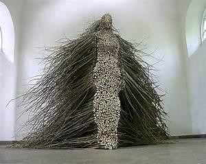 Figurative willow branch sculpture by olga ziemska for Figurative willow branch sculpture by olga ziemska