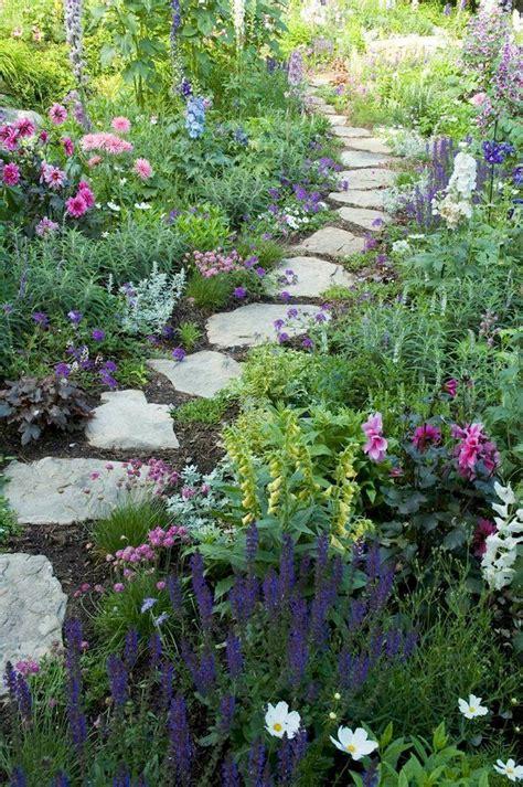 The Best 30+ Beautiful Small Cottage Garden Design Ideas