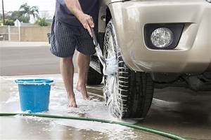 Nettoyer Sa Voiture : quelques conseils pour nettoyer parfaitement l ext rieur de sa voiture auto au feminin ~ Gottalentnigeria.com Avis de Voitures