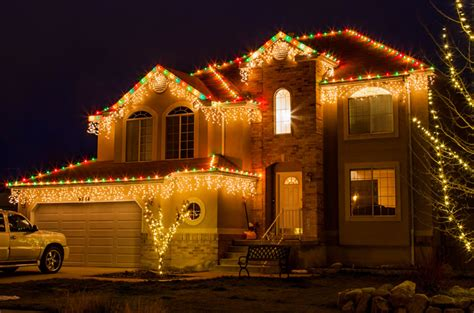 holiday lighting nichols handyman service