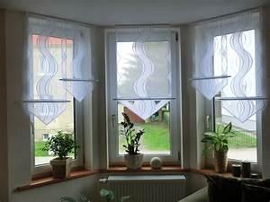 Scheibengardinen Wohnzimmer Modern : scheibengardinen modern wohnzimmer ~ Markanthonyermac.com Haus und Dekorationen