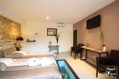 hotel avec piscine et dans la chambre chambre luxe chaios com