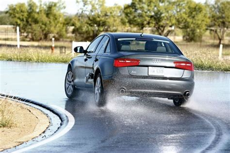 Auto Motor und Sport riepu tests izmērā 245/45R18 (2012 ...
