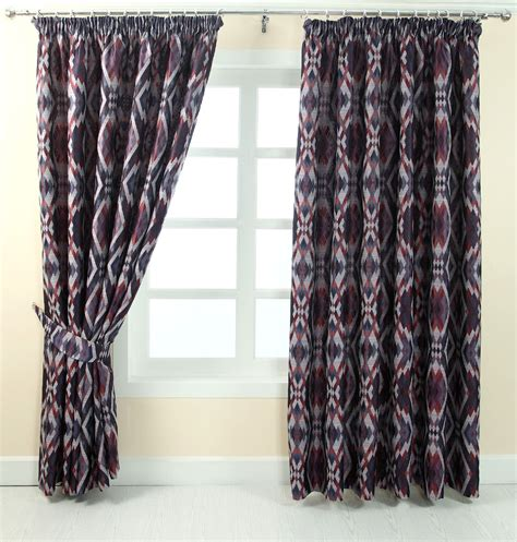 pencil pleat fully lined ready made jacquard curtain geometric design