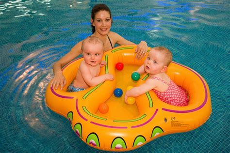 Buy Twins Swim Floats & Inflatable Pool floats Online At