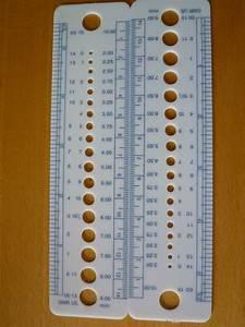 knitting needle gauge sizer metric, US and UK sizes, ruler ...