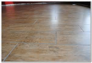vinyl floor that looks like wood planks tiles home decorating ideas 2e84lze8op
