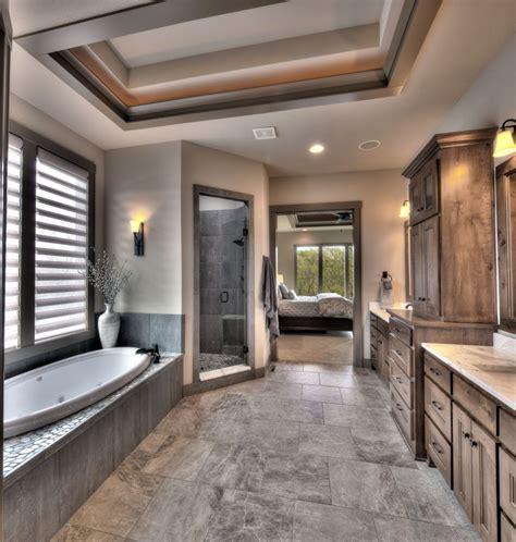 25 Awesome Master Bathroom Renovation Design Wartakunet