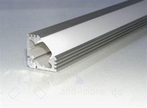 Lampen nach Maß 50 100cm Alu Profil Dreieckig 19x19mm für