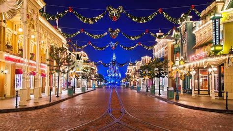 disney decorate  christmas  website