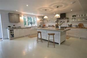 Küche In Betonoptik : arbeitsplatte betonoptik modernit t und best ndigkeit ~ Michelbontemps.com Haus und Dekorationen