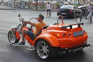 Moto A 3 Roues : moto trois roues photographie ditorial image 59701362 ~ Medecine-chirurgie-esthetiques.com Avis de Voitures