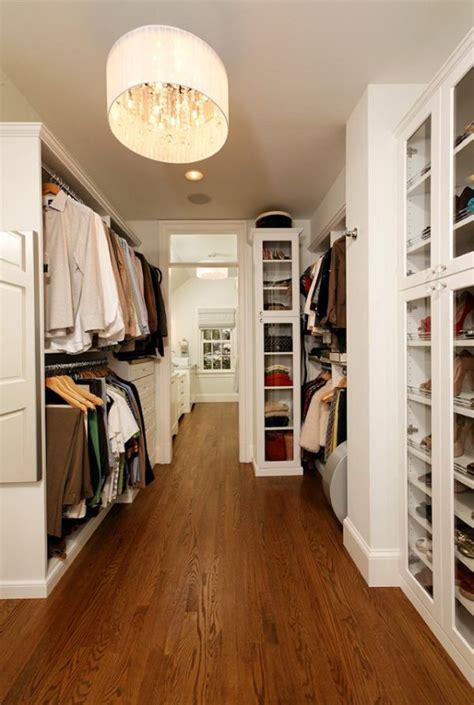 what is a walk in closet inspiration f 246 r walk in closet 15 bilder stuck on a closet paint