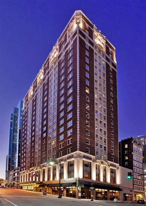 hilton worldwide welcomes hotel phillips to the curio