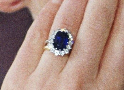 kate middleton s engagement ring i have pictures glamour
