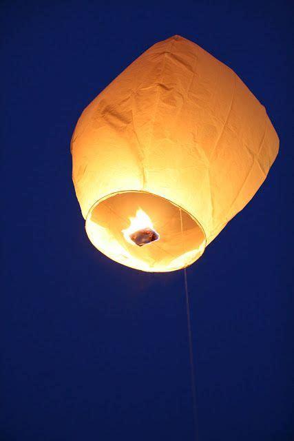 lanterne volante papier les lanternes volantes l animation po 233 tique d une soir 233 e fantastique