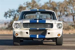 Cobra Caravan Survivor: 1965 Shelby GT350 R