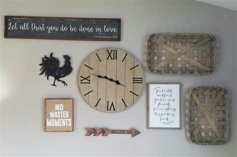 Neutral Rustic Farmhouse Gallery Wall Living Room/ Clock