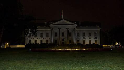 lights dark trump turns agents donald into fbi