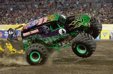 monster jam cbs 62 win a 4 pack of tickets to monster jam cbs detroit