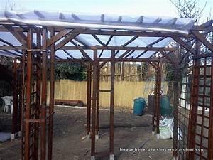 Que Mettre Sur Le Toit D Une Pergola : pergola toit forum du jardinage amateur ~ Melissatoandfro.com Idées de Décoration