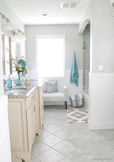 Valspar Bathroom Colors by Details On Robin S Bathroom Makeover And Bedroom
