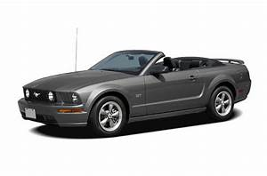 2006 Ford Mustang Specs, Safety Rating & MPG - CarsDirect