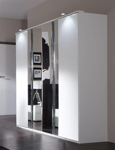 armoire chambre 4 portes armoire design 4 portes blanc alpin chrome brillant