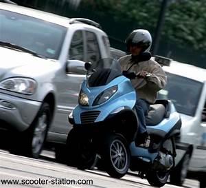 Permis B Moto : piaggio mp3 lt 250 et 400 permis b motostation ~ Maxctalentgroup.com Avis de Voitures