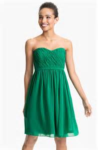 emerald wedding dress emerald bridesmaid dress 8 ideas for an emerald themed
