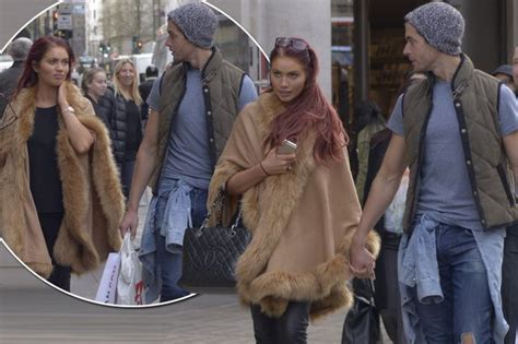 amy childs covers   growing baby bump   steps