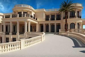 A Mansion in Florida's Hillsboro Beach Is Palatially