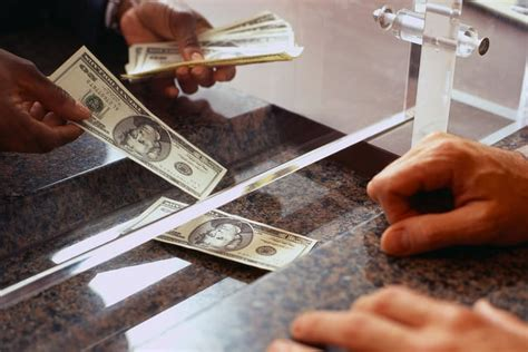 working   bank taught   money frugal rules