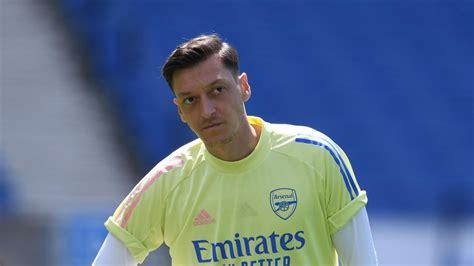 Arsenal desperate to terminate Mesut Ozil contract – Paper ...