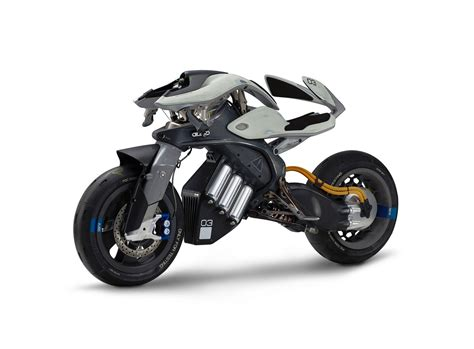 Futuristic Motorcyle : Yamaha's Ai-powered Motoroid
