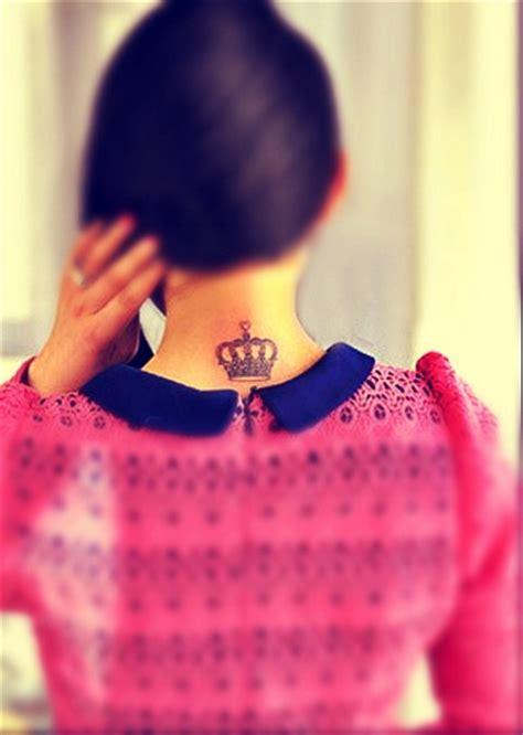 neck tattoos designs  women