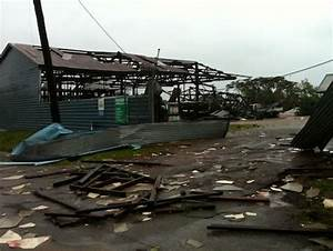Cyclone Yasi Update [Images]: Much Destruction, No Deaths ...