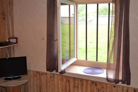 chambre d hote jura region des lacs gîte du lilas région des lacs vertamboz