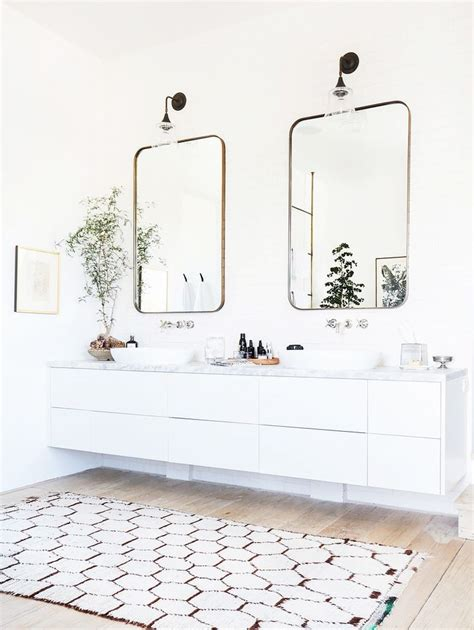 Bathroom Rug Ideas by 25 Best Ideas About Bathroom Rugs On Kilim