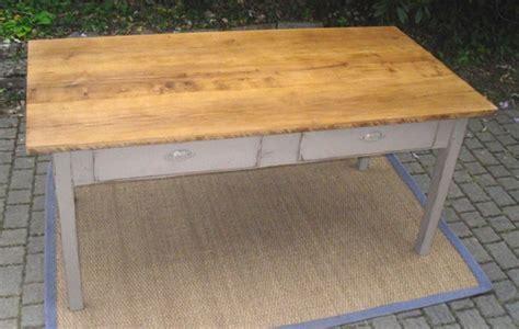 table cuisine chene superbe table de cuisine avec plateau chêne 2 grands tiroirs en façade
