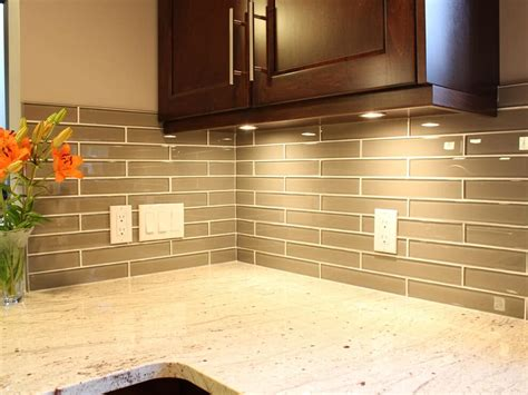 tiled kitchen wall coverings