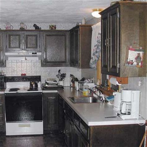 painting wood kitchen cabinets prep the room pro secrets for painting kitchen cabinets